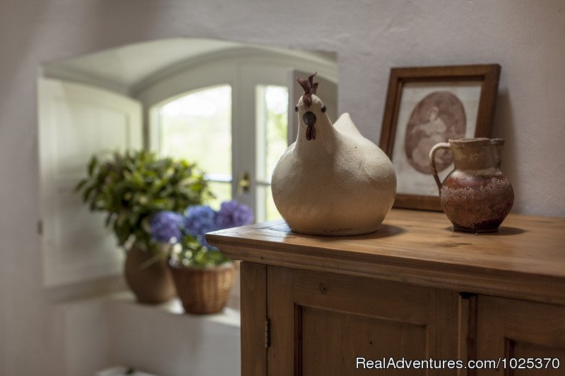 Livingroom | Image #3/12 | The bat Barn, Guest House and Hunting Lodge -