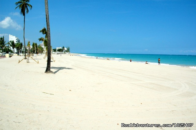 Beach next to Tennis Courts - El Prado Villas, Ocean Park, San Juan's best beach