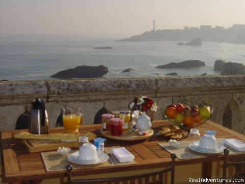Breakfast - Villa Goeland Bed & Breakfast Biarritz
