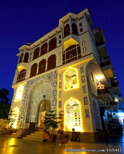 Umaid mahal a heritage style 3 star hotel jaipur jaipur for Decor india jaipur