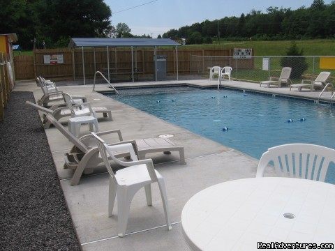 Swimming Pool - Parnell Creek RV Park