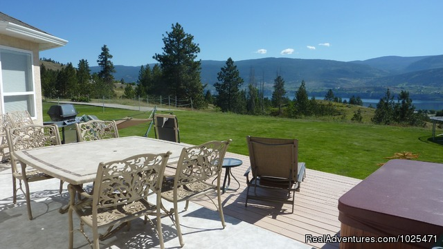 Inviting Patio for guest use - Penticton, Royal Bed and Breakfast
