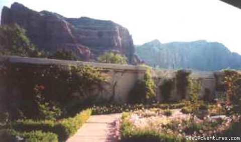 A Courtyard View - Canyon Villa of Sedona, A Luxury Bed and Breakfast