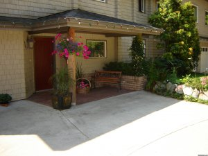 Pamper yourselves at Secret Beach B&B Suites Gibsons, British Columbia Bed & Breakfasts