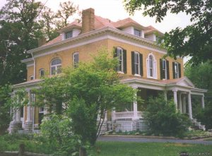 Voted Best of Illinois -Illinois Magazine Bed & Breakfasts Alton, Illinois