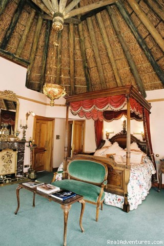 The Honeymoon Suite - Constantia Woods Guest House and Private Villas