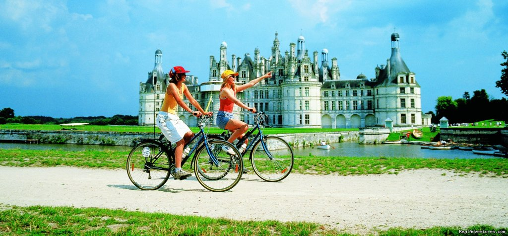 France - Cycling to the castles of the Loire valley | Image #5/10 | EUROCYCLE - Explore Europe by Bicycle