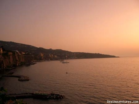 SUNSET IN SORRENTO - Mami Camilla Italian Cooking school
