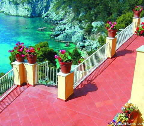 Stairs to the beach | Image #4/8 | Hotel Weber Ambassador