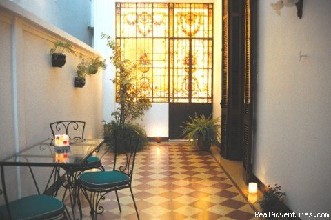 Patio in the Night | Image #6/10 |  Un Rinconcito en Buenos Aires - Bed and Breakfast