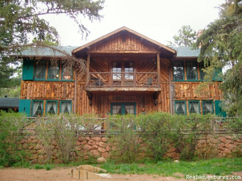 Rocky Mountain Lodge & Cabins: B&B & Cabin Rentals Rocky Mountain Lodge