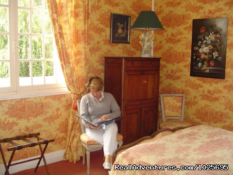 - Manoir De Beaumont  Charm Bed And Breakfast