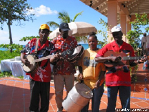 Steel band entertains at Sunday brunch - Chase Away The Winter Blues in Grenada