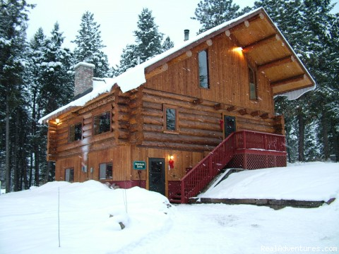 1st Class Lodging - Rich Ranch Winter Snowmobiling Adventures