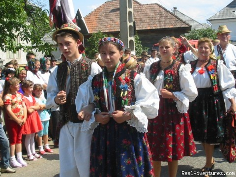 Wedding in Maramures - Active travel in Romania