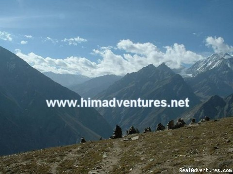 Guided trekking and climbing in Himalayas.: KINNER KAILASH CIRCUIT