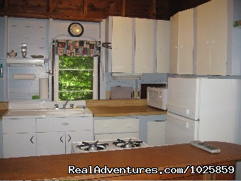 Fully equipped kitchen in the Shanty. (#15 of 26) - Relaxing, Lakeside Getaway for the Family