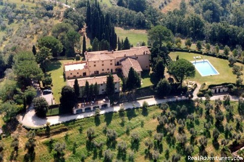 Castello di Pastine weekly rentals in TUSCANY