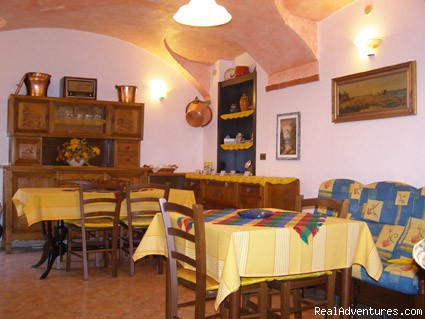 Breakfast room - L'Antico Borgo in Susa Valley Bed and Breakfast