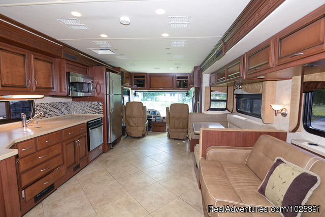C31 Jayco Greyhawk - Camp USA Luxury RV & Travel Trailer Rentals in FL