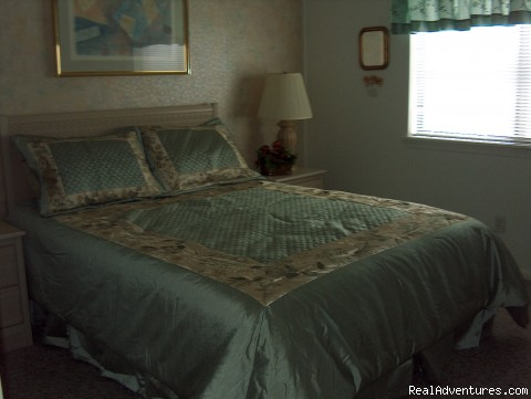 Master Bedroom - ATTENTION: Beach, Tennis,&Golf Lovers