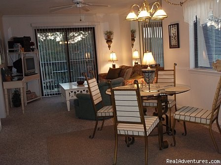 Living/Dining Area Additional View - ATTENTION: Beach, Tennis,&Golf Lovers