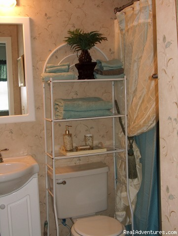 Master Bath - ATTENTION: Beach, Tennis,&Golf Lovers