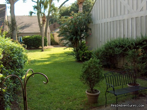 Palmetto Dunes Villa private patio - ATTENTION: Beach, Tennis,&Golf Lovers