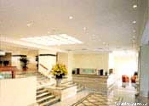 Krystal Lobby - Cancun Presidential Suite