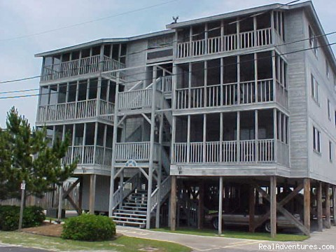 Sea Lakes condo builiding, The Legacy (#5 of 8) - Spacious House in NMyrtle Cherry Grove Beach House