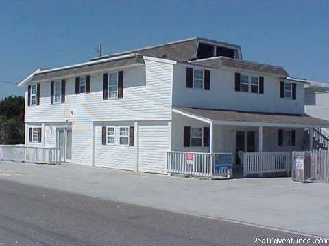 Photo #6 - Spacious House in NMyrtle Cherry Grove Beach House