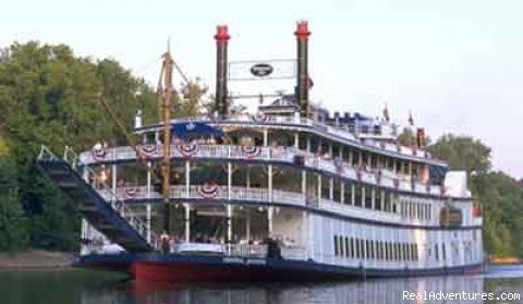 Cruise on the General Jackson | Image #3/8 | Nashville Vacation Packages, Tours, Grand Ole Opry