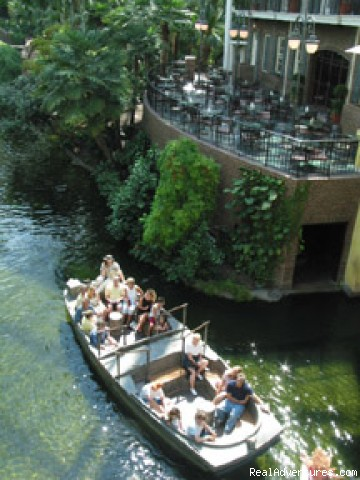 Gaylord Opryland offers guests a unique vacation Flat boat in Delta Atrium