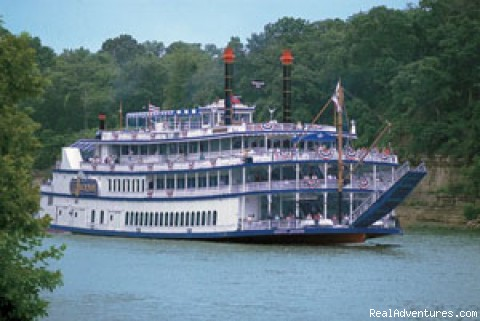 Gaylord Opryland offers guests a unique vacation General Jackson Showboat