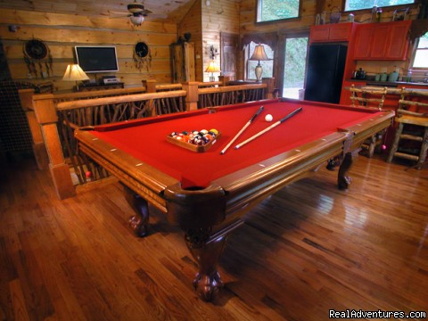 Upscale amenities (Cherokee Lodge) - Creekside luxury log cabins in the Smokies