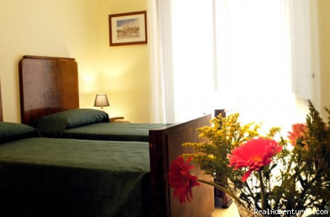 Triple and Double room Augusto - Giornate Romane Bed and Breakfast