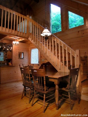 - Hidden Falls Cabin-romantic and Secluded