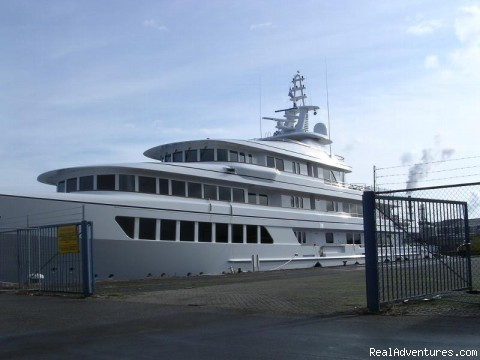 Yacht & Cruise Ship Agency in Maldives