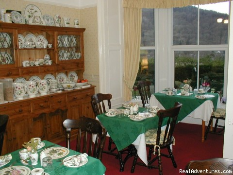 Breakfast Room - Charming Victorian Guest House in the Snowdonia