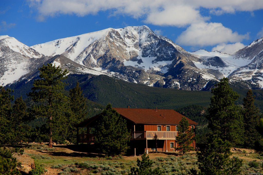 Estes Park Center has been serving families and conferences for nearly 100 years. Our lodges and cabins are perfect getaways for families, retreats, conferences and family reunions. You'll find plenty of activities for every season of the year.