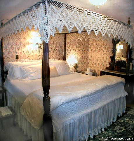 Israel Munson Room - White Rocks Inn Romantic Country Retreat