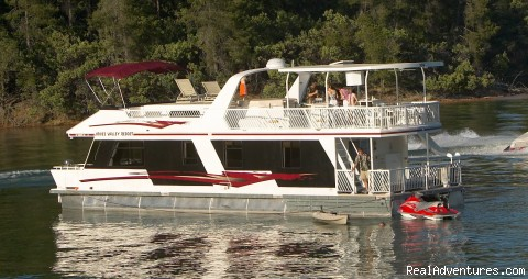 The Escapade - The Ultimate Vacation on a Luxury Houseboat