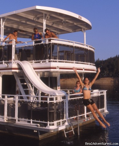 Fun activities while houseboating! - The Ultimate Vacation on a Luxury Houseboat
