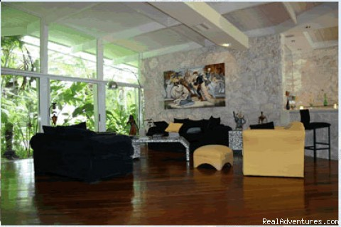 Photo #2 - Las Olas Art Deco House