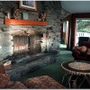 3 big fireplaces with hardwoods