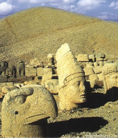Eastern Turkey tours to mt. Nemrut, Urfa - Turkey And Cappadocia Tours,blue Cruises,cave Room