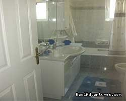 a bathroom - Athens luxury flat sleeps8.A/c,WiFi