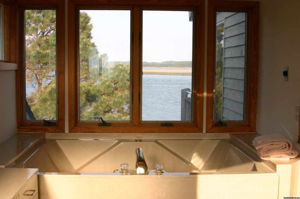 Island Time, Master bath view