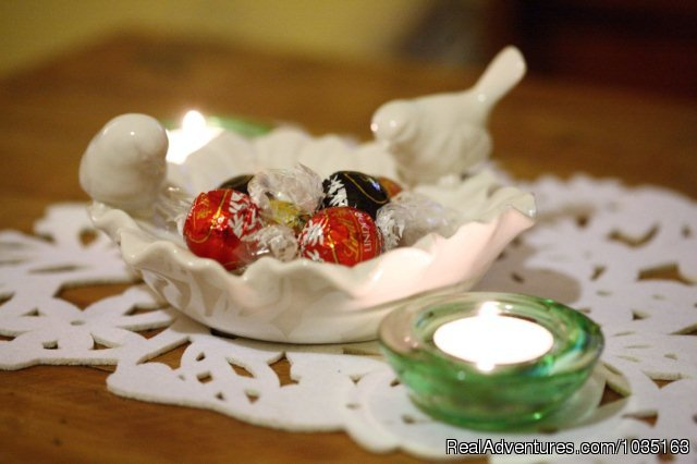 Complimentary Chocolates - Glenview Retreat bed & breakfast spa cottage
