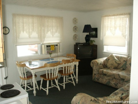 Photo #4 (#4 of 8) - 3 Bdrm, 2 blocks to beach Point Pleasant Beach, NJ